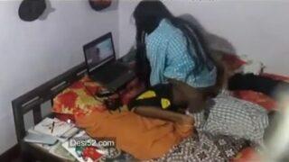 20 வயது டீன் தங்கை புண்டை நக்கும் சொந்தகார அண்ணன்