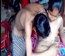 கொழுந்தன் அண்ணியை வெளுத்து வாங்கும் வில்லேஜ் பிட்டு படம்